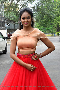 Maheshwari Vaddi HD Stills at Bazar Rowdy Trailer Launch