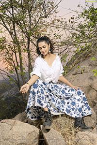 Salony Luthra Latest Photoshoot Stills