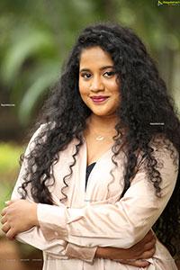 Seetha HD Stills at Pellikuturu Party Trailer Launch