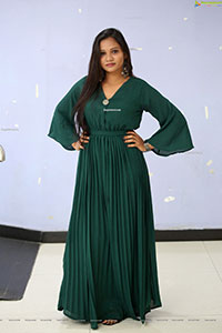 Actress Sree Madhuri at Batch Movie Trailer Launch