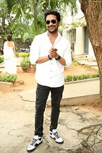 Varun Sandesh at Induvadana Teaser launch