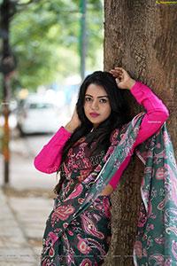 Bhavya Sri in Dark Green Printed Saree