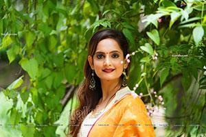 Dhriti Patel in Off White Churidar