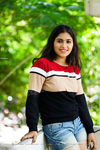 Honey Royal Photoshoot in Black and Red Checked Sweatshirt
