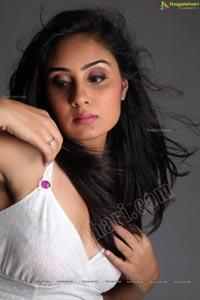 Udhayan Heroine Bhanu Sri Mehra