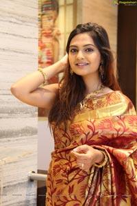 Hyderabad Supermodel Neha Deshpande