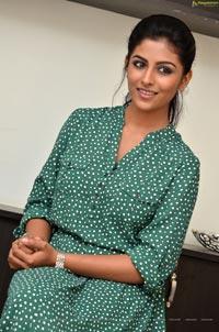 Kruthika Jayakumar Photos
