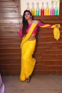 Manisha Pillai in Saree