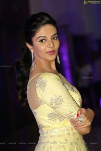 Sree Mukhi Photos
