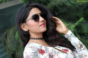 Shalu Chourasiya HD Wallpapers