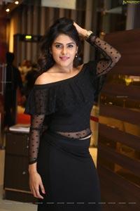 Naira Shah at Cinemax