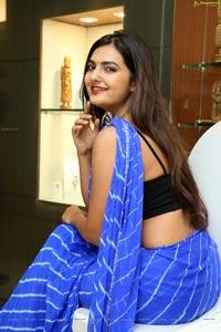 Neha Deshpande in Saree