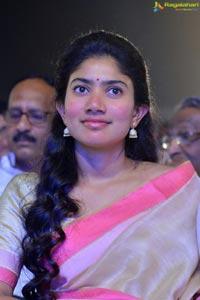 Sai Pallavi MCA Pre-Release Event