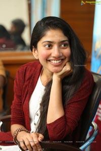 Sai Pallavi @ Padi Padi Leche Manasu Interview
