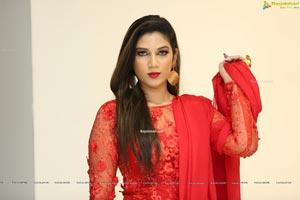 Hasini Chowdary at Atelier Fashion Showcase