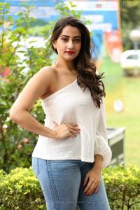 Manjusha at Madhanam Movie Trailer Launch