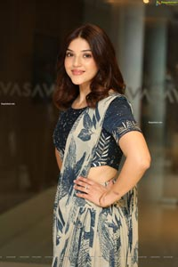 Mehrene Pirzada at Entha Manchivadavura Press Meet