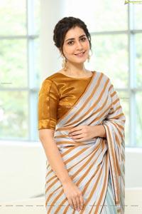 Raashi Khanna at Prati Roju Pandage Movie Thanks Meet