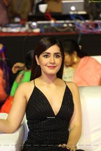 Raashi Khanna at Venky Mama Musical Night