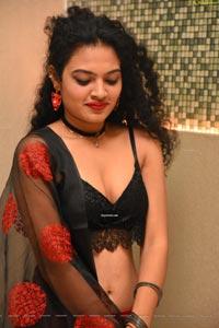 Riya at Prathi Roju Pandage Pre-Release Event
