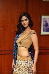 Shivani Jadhav at Hi-Life Exhibition Curtain Raiser