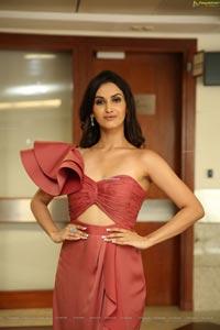 Shivani Jadhav at Hi-Life Lifestyle Fashion Exhibition