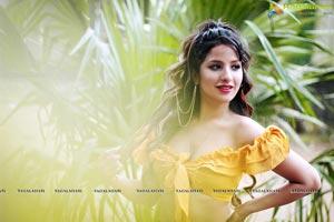 Shunaya Solanki Portfolio Pics