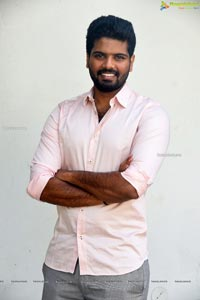Sri Simha at Mathu Vadalara Interview