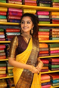 Anupama Parameswaran at Mugdha Art Studio