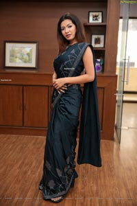 Kavita Mahatho at Sutraa Wedding Edit Curtain Raiser