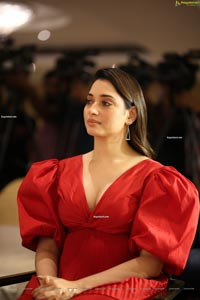 Tamannaah at Gurthundha Seethakalam Movie Press Meet