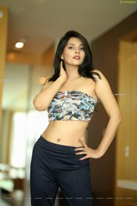 Khyati Sharma in Printed Bandeau Crop Top