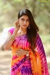 Akshatha Srinivas Poses in Saree