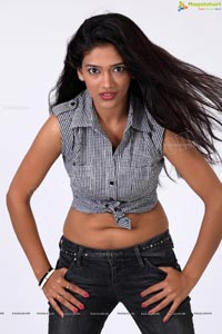 Mumbai Model Parita Rajendra Vora