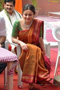 Senha Ullal @ Antha Nee Maayalone Pressmeet