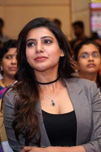 Samantha Smiling Photos