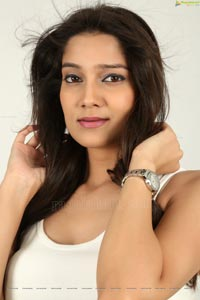 Pinky Lakhera Glam Stills