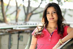 Pinky Lakhera