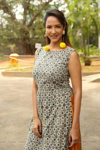 Lakshmi Manchu High Resolution
