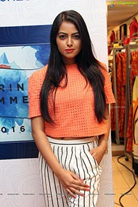 Richa Singh Photos
