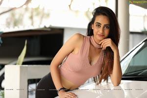 Amiksha Pawar HD Photos