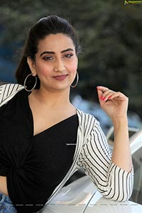 Manjusha at 22 Movie Press Meet