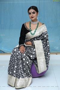 Neha Deshpande at Meenakshi Couture Opening