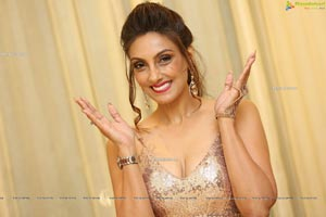 Pallavi Walia Raj at Fashion Fiesta Fashion Show
