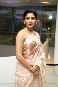 Samantha Akkineni at Jaanu Success Meet