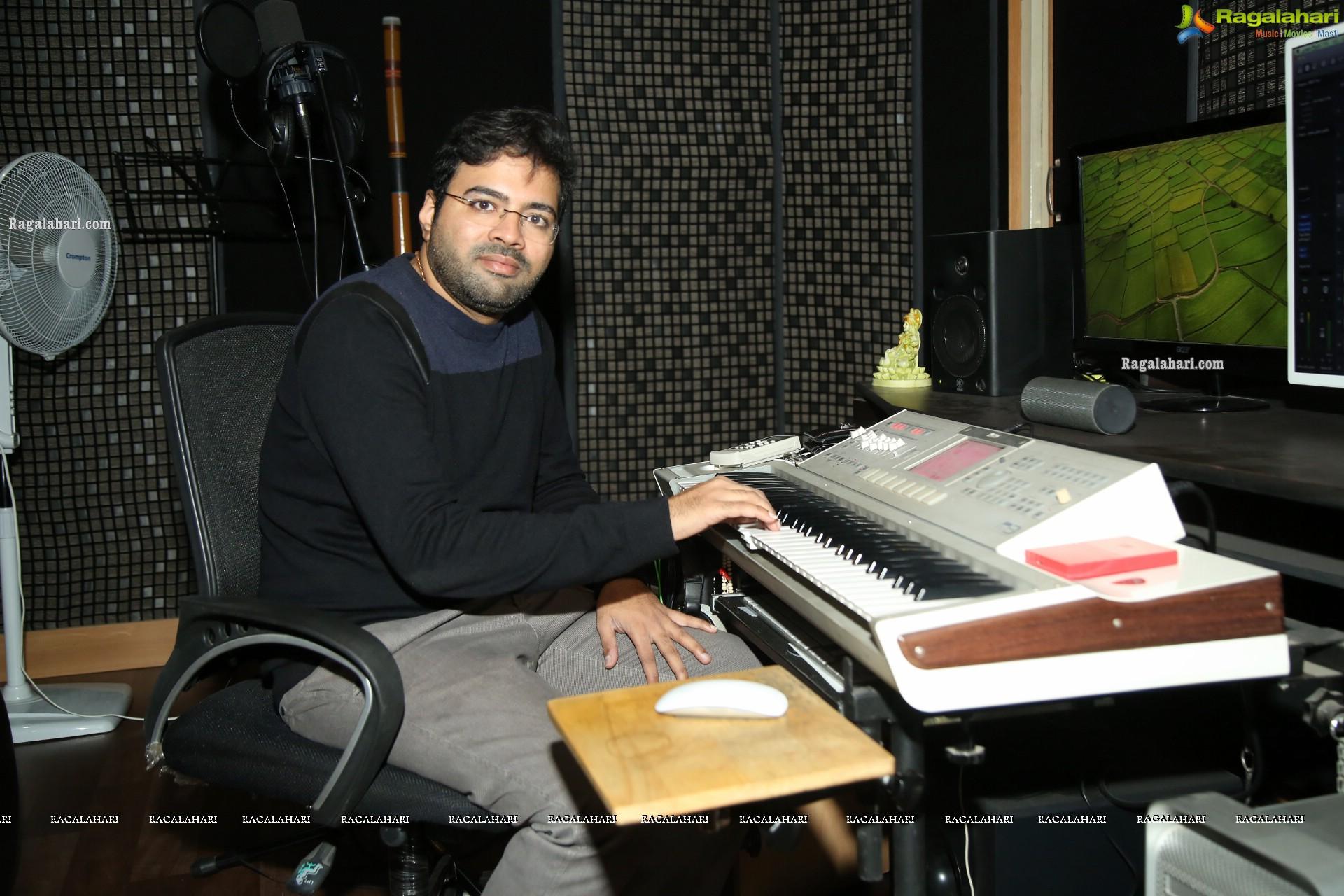 Music director Sekhar Chandra interview about Savaari, Valayam, 118