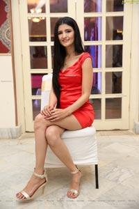 Shruti Jolly at Country Club Billionaire 2020 Launch