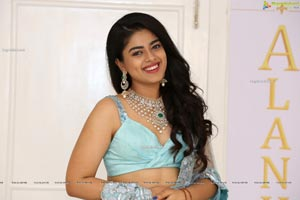 Siddhi Idnani at Alankar Makeup Studio