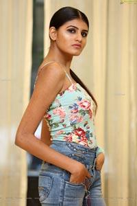 Model Sindhu HD Photos