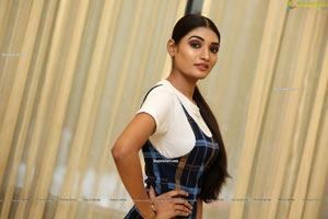 Sushmita Kapoor at Fashion Fiesta Fashion Show
